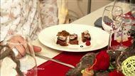 Voir la recette : Foie gras poché au vin sur pain d'épice et compotée d'oignons et raisins