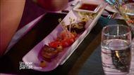 Voir la recette : Gambas avec une purée de citron et un râpé de citron vert et citron caviar