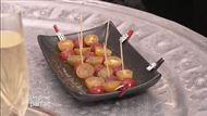 Voir la recette : Cocktail maison à base de champagne et de génépi / Pissaladière