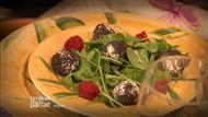 Voir la recette : Salade de billes de brandade au pavot