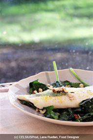 Voir la recette : Barbue vinaigrette tiède aux épinards